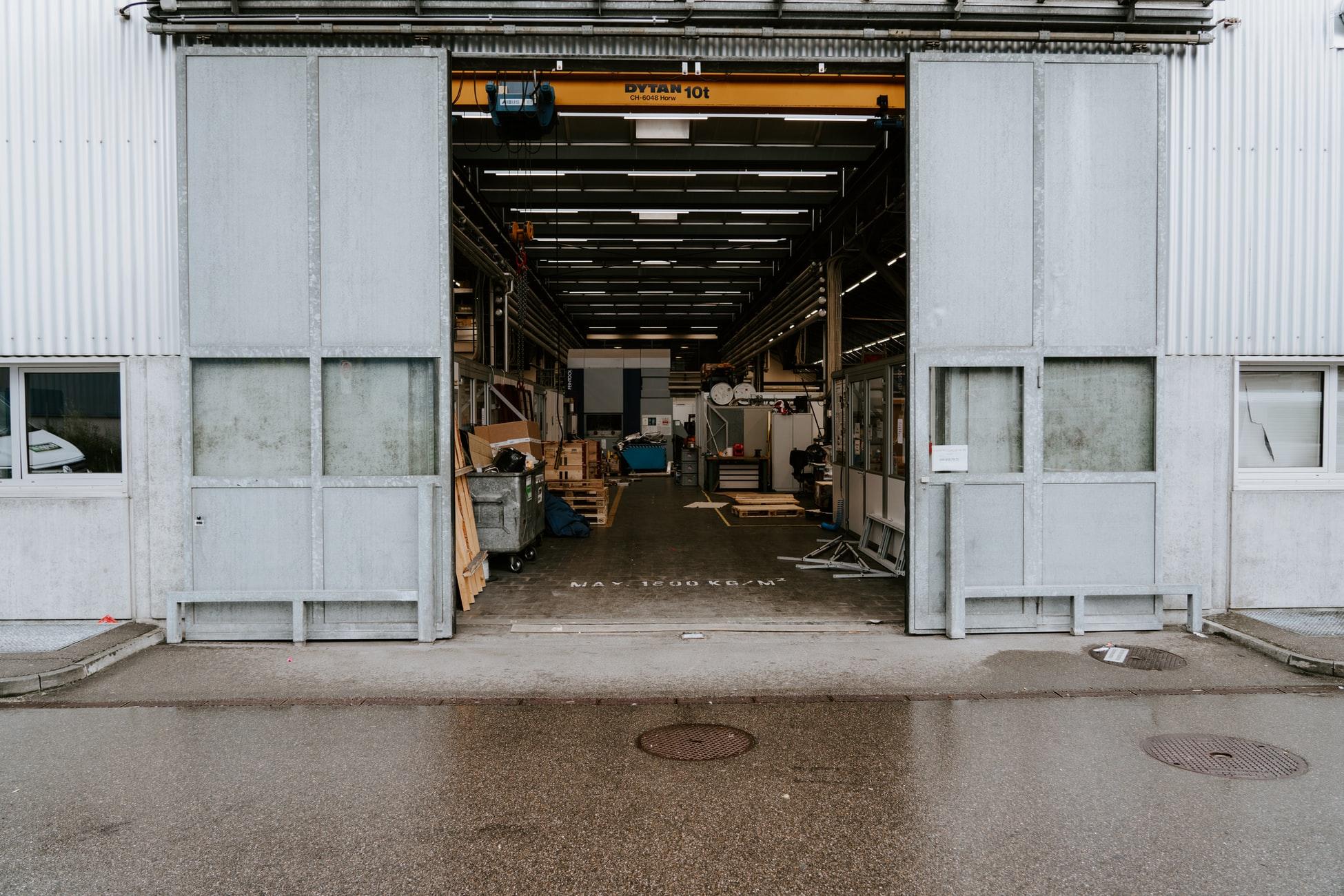 Eigenes Lager vs. Externes Fulfillment: Was passt besser zu meinem Unternehmen?