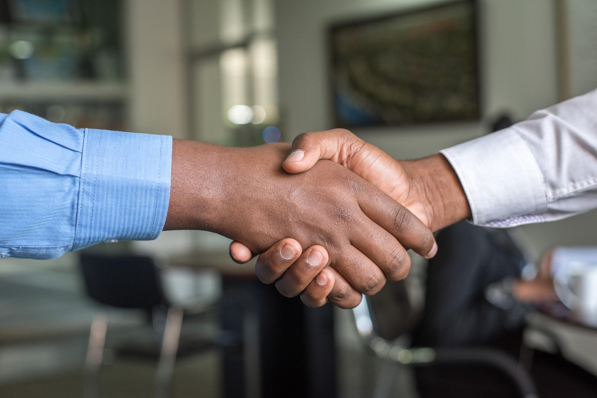 Kundenzufriedenheit steigern: 4 wichtige Faktoren der Lieferkette