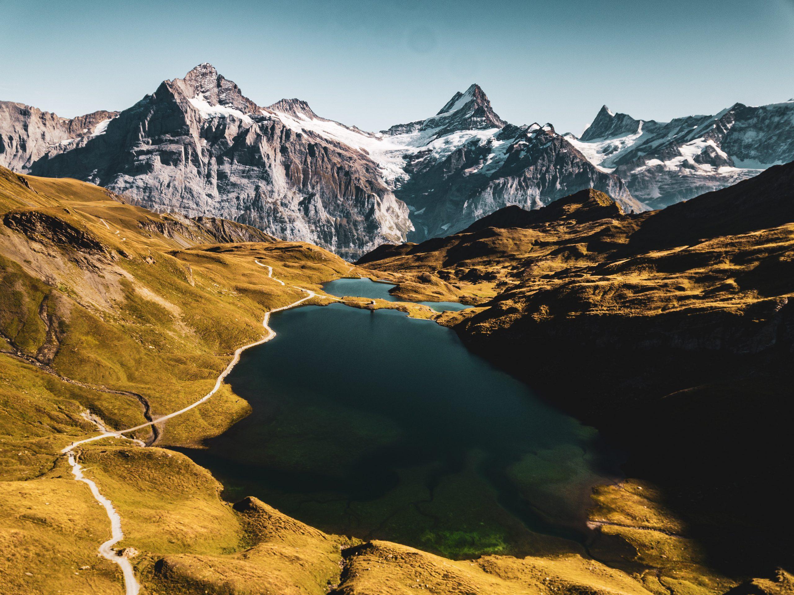 Wie funktioniert Warenexport in die Schweiz?